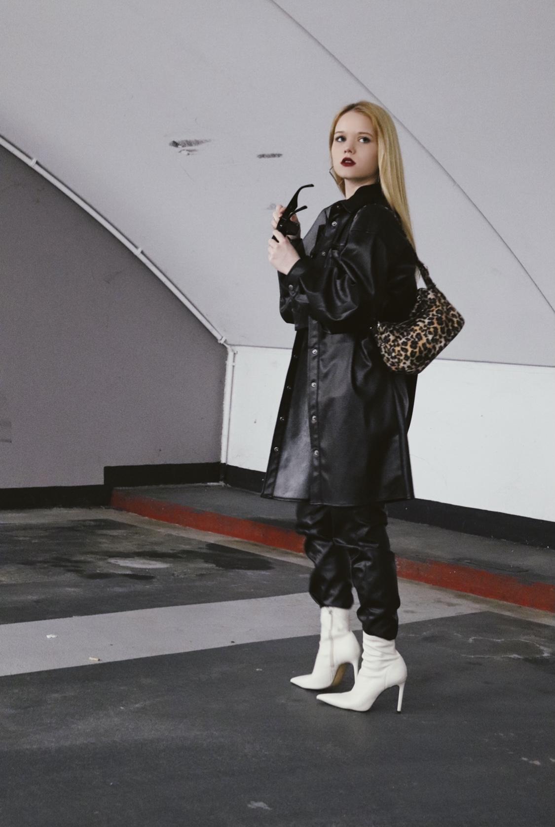 Modern Catwomen Outfit in Leder